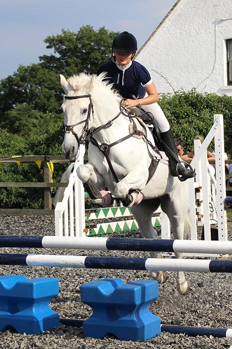 Intermediate Open Jumping – Georgie Turner-Stephenson & Cloudy - Royle Photography Equestrian Events